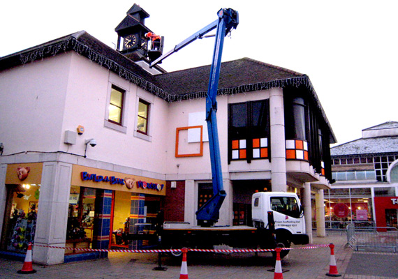 Cherry Picker Hire For Shopping Centre Christmas Decorations